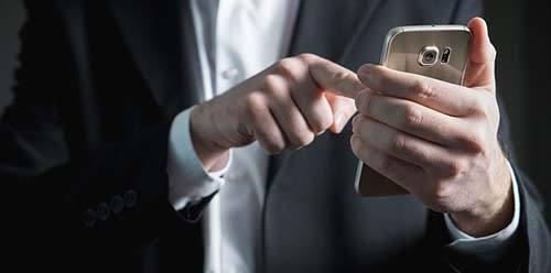 teléfono móvil, smarth phone, chatbot, sms, texting, mensajes