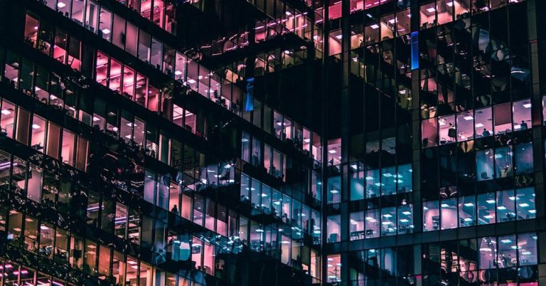 fintech, legaltech, edifício, arquitectura, empresas, negocios, éxito